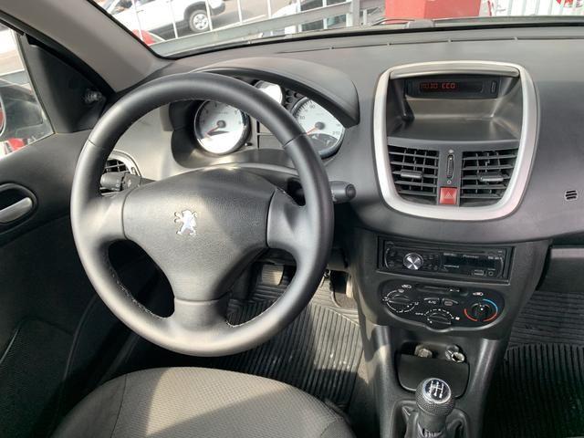Peugeot 207 1.4 XR 2012 perfeito estado! Somente R$17.900 top pra Uber e 99 - Foto 6