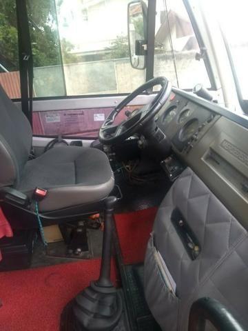 Vendo Microonibus ano2000 - Foto 4