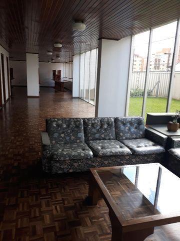 Apartamento mobiliado de 3 dormitórios próximo ao Jardim Botânico - Foto 18