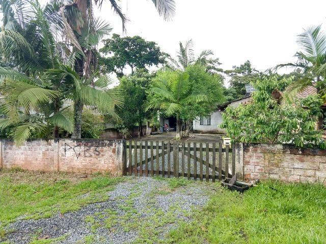 Casa em Alvenaria, Localizada na Barra do Saí