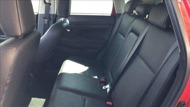 Mitsubishi Outlander 2.2 4x4 16v - Foto 7