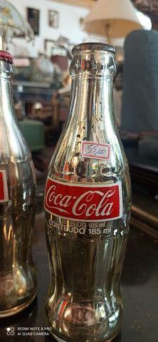 Garrafas Coca Cola Antiga Prateadas  - Foto 2