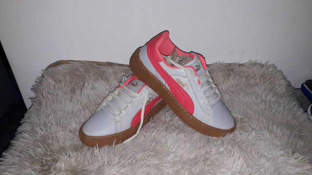 9 8 6 0 0 - 1 0 2 1 * Tênis puma novo na caixa cor branco e rosa - Foto 3