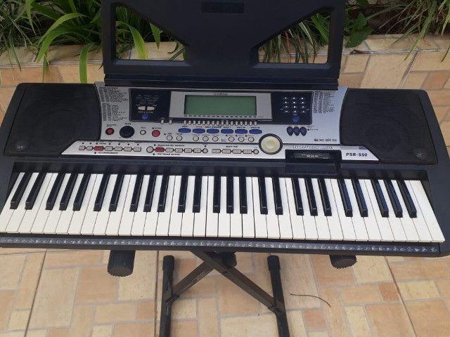 Teclado Yamaha PSR-550 - Foto 2
