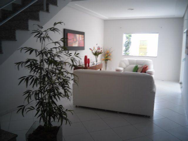 Linda Casa Duplex 4 quartos, construção recente, próx. à Av Getúlio Vargas e à Delegacia - Foto 7