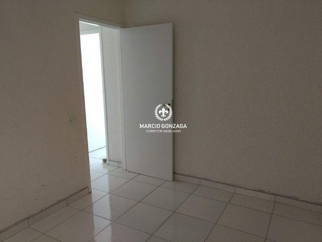 Apartamento com 2 quartos, condomínio familiar no bairro de Candeias! - Foto 8