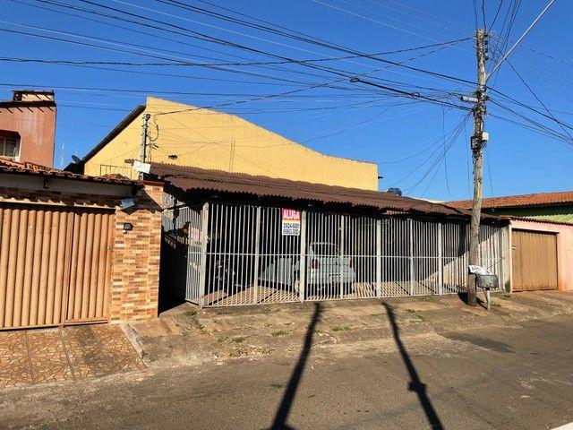 Casa/ Apartamento térreo para aluguel 2/4 c/ garagem. St. Jardim Petropolis - Foto 3
