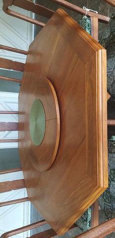 Mesa de Peroba Rosa com 8 cadeiras - Foto 4
