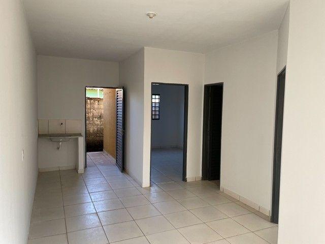 Casa/ Apartamento térreo para aluguel 2/4 c/ garagem. St. Jardim Petropolis - Foto 16