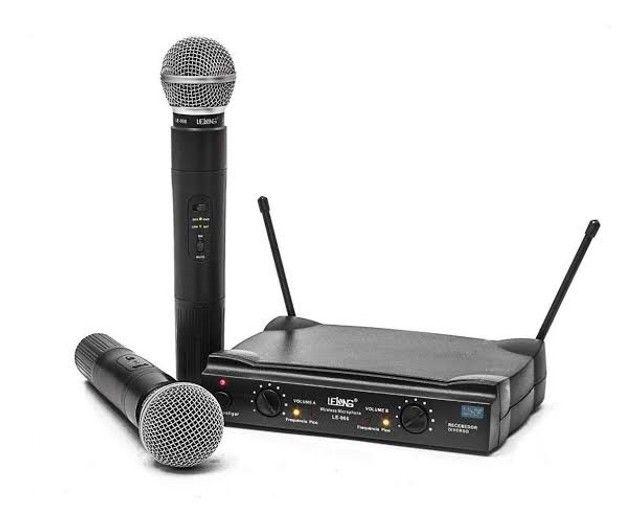 Microfone profissional SEM FIO 2 bastoes completo UHF