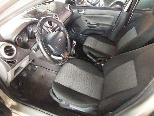 Ford Fiesta Sedan 1.6 ROCAN SE 8V FLEX 4P MANUAL - Foto 5