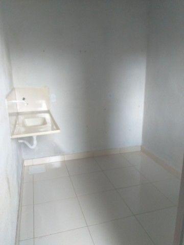 Vendo casa grande com 3 barracões no setor Serra Dourada 3 - Foto 18