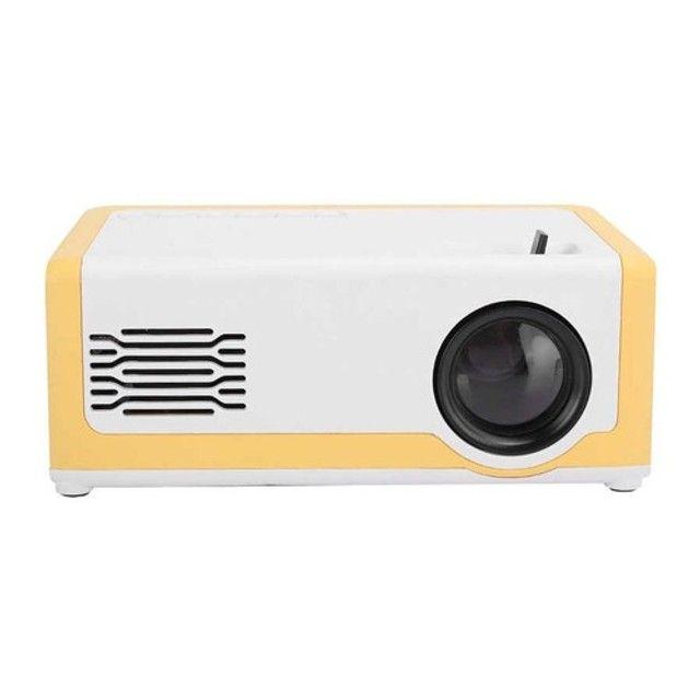 Mini Projetor M1 Portátil 1080p - Ideal Para Atividades Com os Filhos - 110-240V - Foto 4
