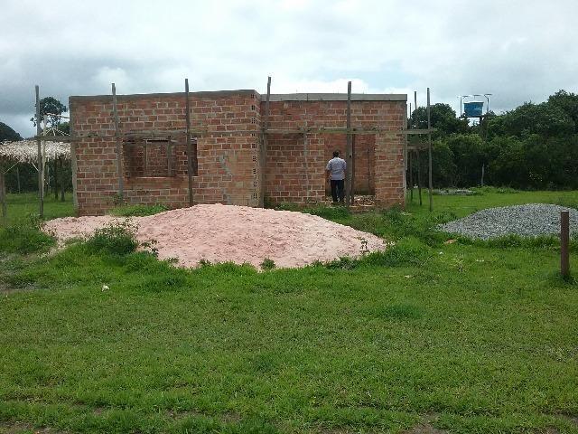 Terreno com casa em obra no cipoal,a 150m da br