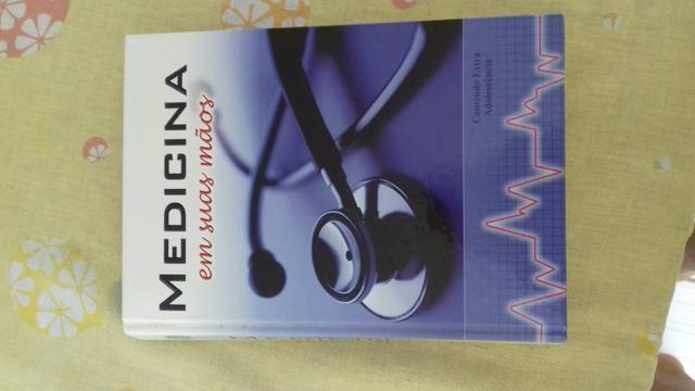 Vendo livro de medicina