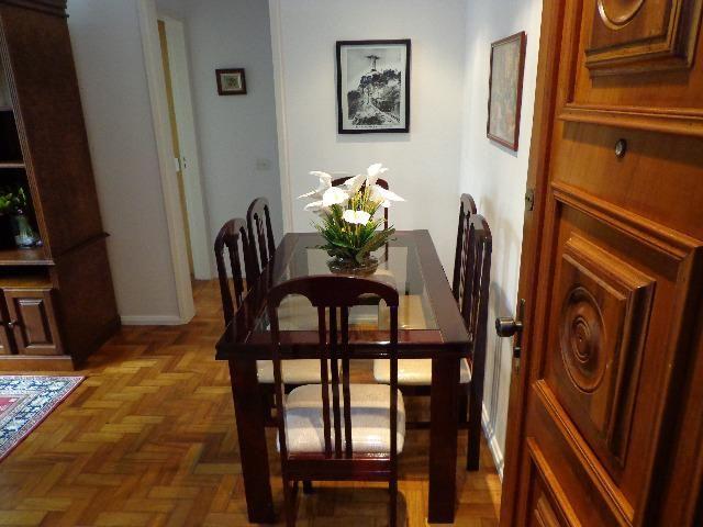 Apartamento em laranjeiras, 2 quartos