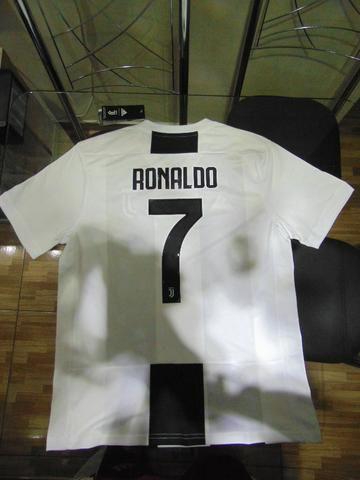 e171d54d55f Camisa Juventus I 18 19 Adidas - Masculina - Esportes e ginástica ...