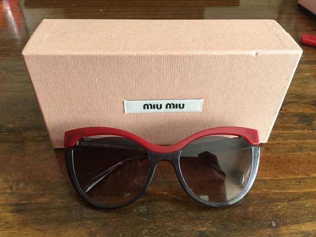 87ea7ccb9b05c Óculos de sol feminino MIU MIU - Bijouterias