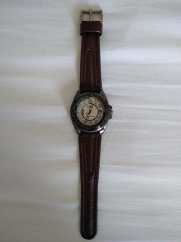 3c9fc60cd0d4 Lindo relógio Timex com perpentual calendar - Bijouterias