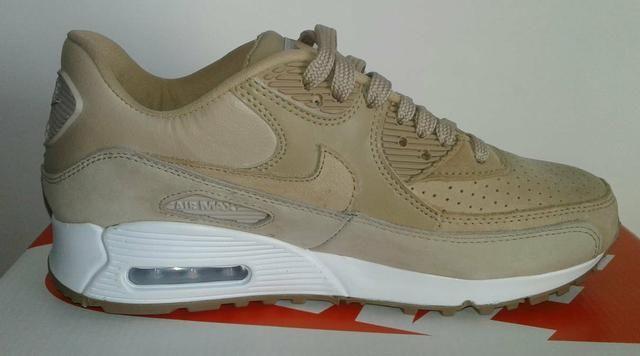 Tênis Nike Air Max 90 Em Couro Feminino Novo