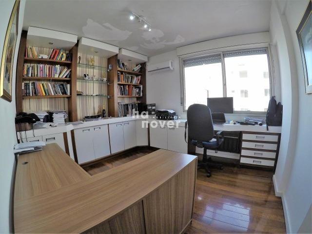 Cobertura Central Semi mobiliada 4 Dorm (1 Suíte), Elevador, Terraço - Foto 14