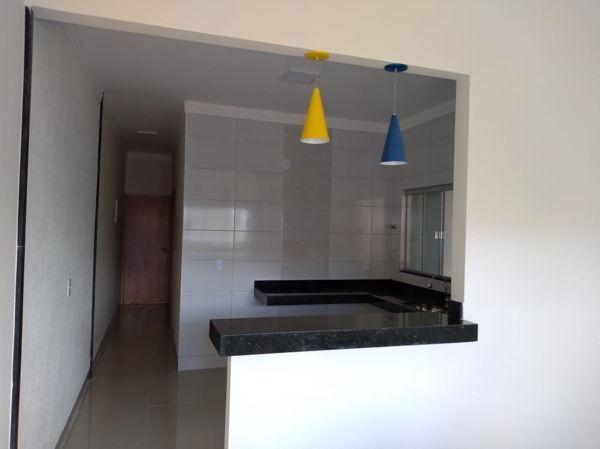 Casa com 2 quartos - Bairro Jardim Balneário Meia Ponte em Goiânia - Foto 2