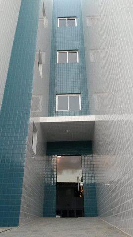 Apartamento com 03 quartos no Jardim Cidade Universitária