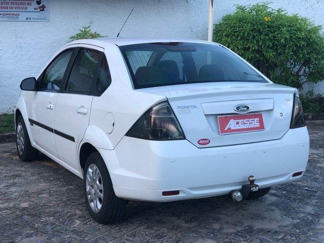 Vendo novíssimo Fiesta Sedan Class 1.6 2013 - Foto 6
