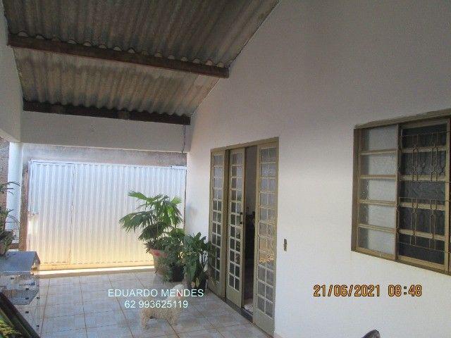 Casa 2/4, mas 2 barracões, lote de esquina 307 m², vila Operaria Anápolis  - Foto 5