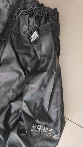Capa de Chuva Alba Europa para Motociclista - Impermeável - 03 Bolsos - Tam. G - Foto 6