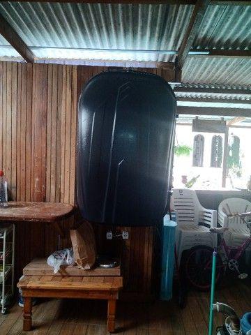 Vende-se um bagageiro dê teto 510 litros - Foto 2