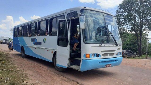 Vendo ou troco um ônibus 42 mil - Foto 3