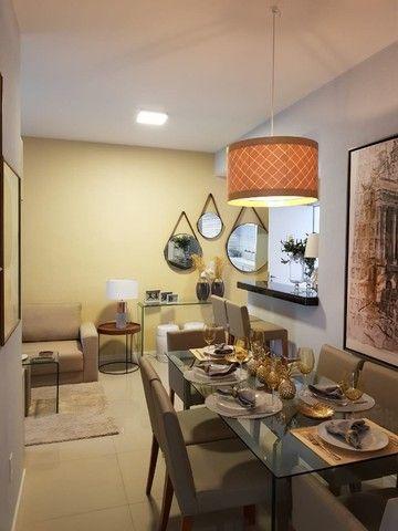 Apartamentos de 2 e 3 quartos na Cohama, elevador e acabamento no porcelanato.  - Foto 9