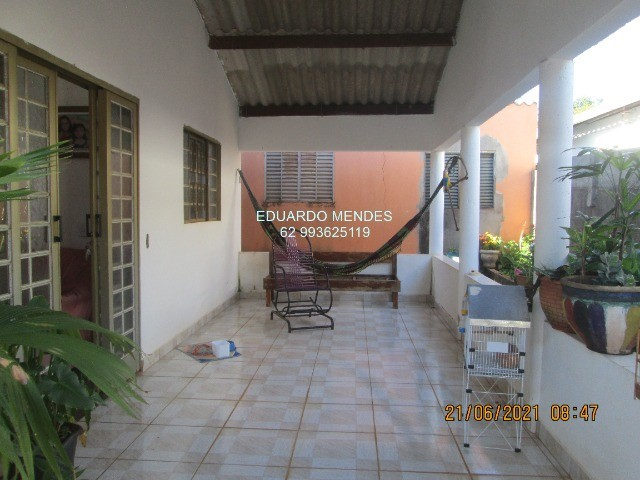 Casa 2/4, mas 2 barracões, lote de esquina 307 m², vila Operaria Anápolis  - Foto 9