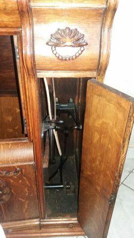 Máquina de costura relíquia  - Foto 4