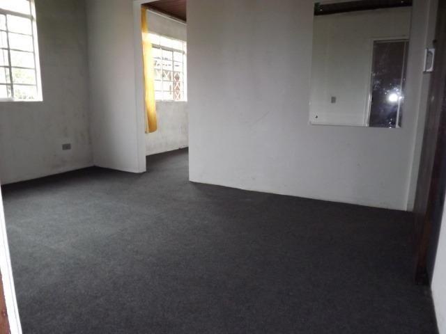2 residências em excelente localização - Casa principal com 140m2 - Casa 02 com 60m2 - Foto 4