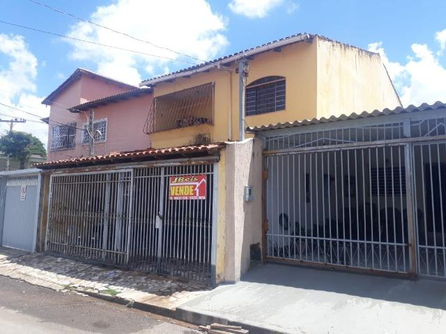 Vendo sobrado em Samambaia em ótima localização, R$ 320 mil - Foto 3