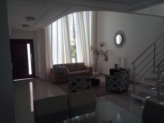Excelente casa com ótimo acabamento em condomínio fechado com excelente área de lazer - Foto 10