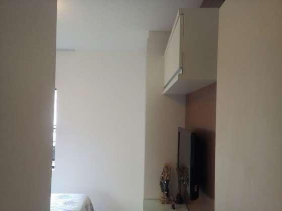 Vendo excelente apartamento todo reformado e mobiliado com garagem coberta 2/4 no planalto - Foto 12
