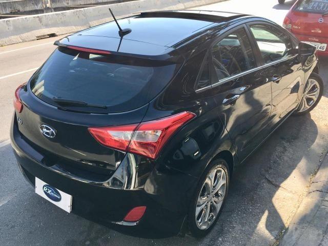 Hyundai i30 1.8 Top de linha Teto solar, Chave presença, Banco elétrico, ar digital - Foto 5