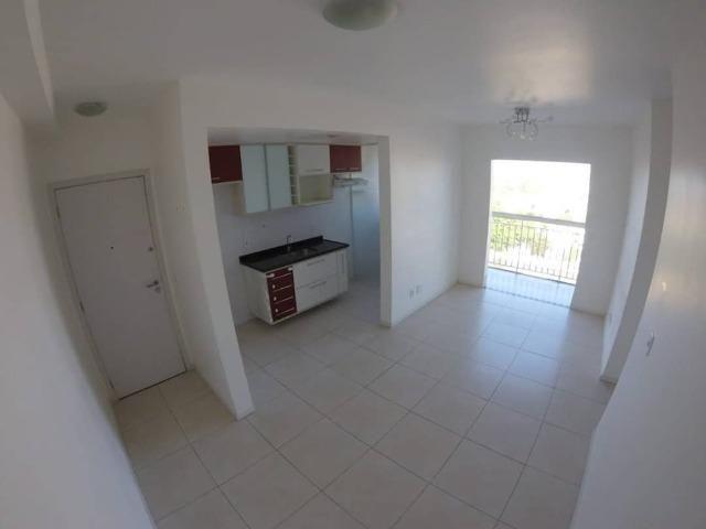 Apartamento de 3 quartos com 1 suíte, no condomínio Villaggio Limoeiro Serra/ES - Foto 5
