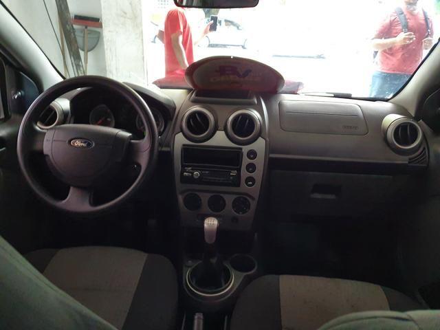 Fiesta Sedan 2013 1.6 1 mil de entrada Aércio Veículos ffs - Foto 2