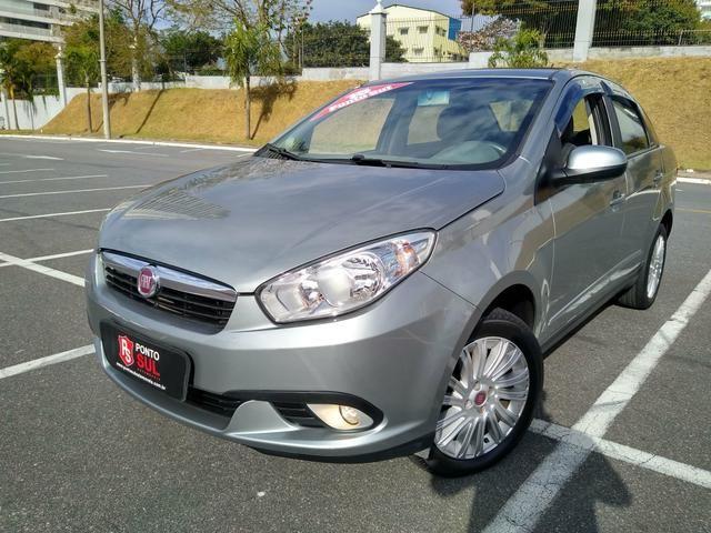 ® Fiat Gran Siena Essence 1.6 2014/2015 (Flex)(Mec) Baixo Km + Excelente Estado
