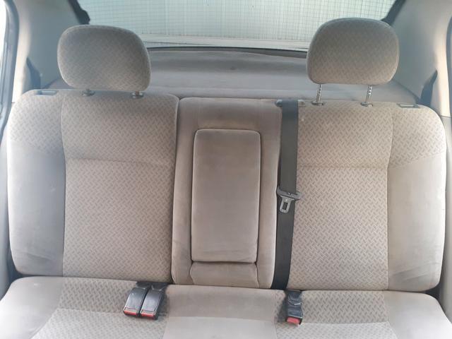 Chevrolet Astra CD 2.0 Sedan 2004 - Foto 15