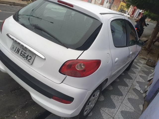 Vende-se ou troca um Peugeot 2011 - Foto 2