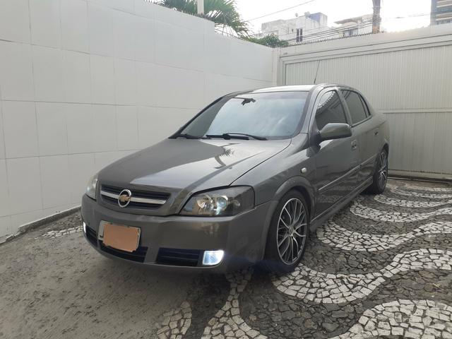 Chevrolet Astra CD 2.0 Sedan 2004 - Foto 18