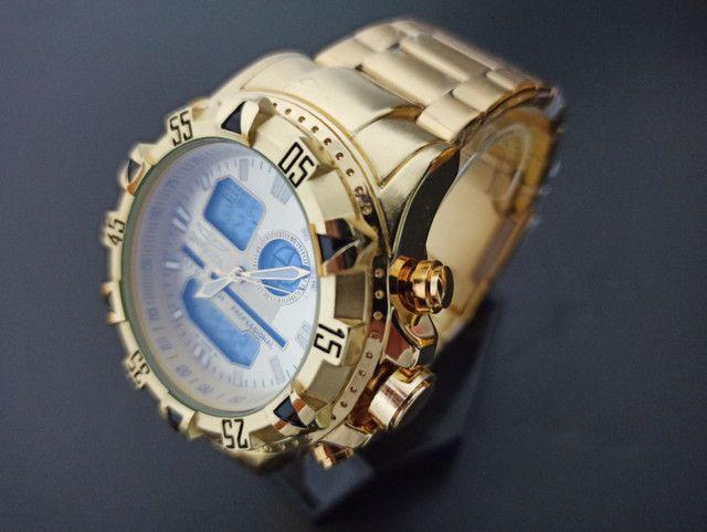 Relógio masculino invicta dourado digital