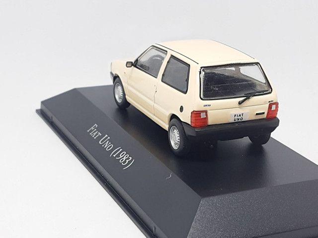 Miniatura Fiat Uno 1983 escala 1:43 - Foto 3