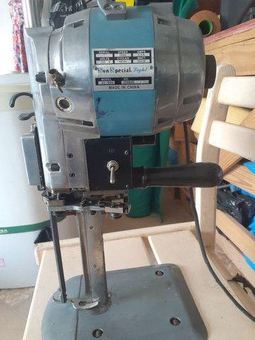 Máquina de cortar tecido  - Foto 5