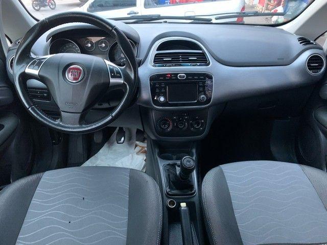 Fiat Punto Atractive 1.4 Itália 2017 - Foto 4